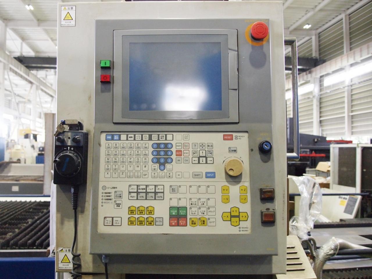 ML3015HVのNC操作盤