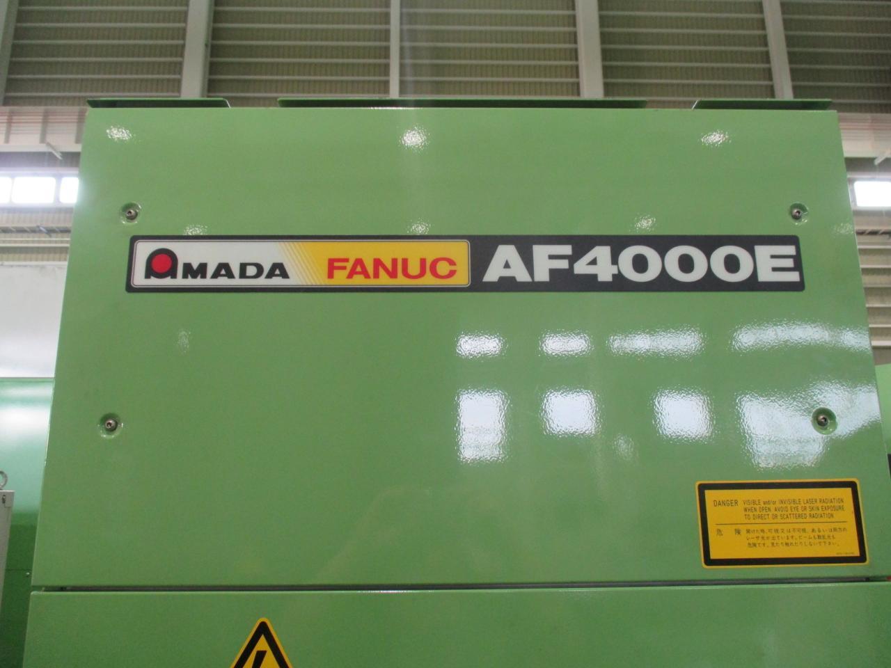 AF4000E発振器の型式・メーカー名表示