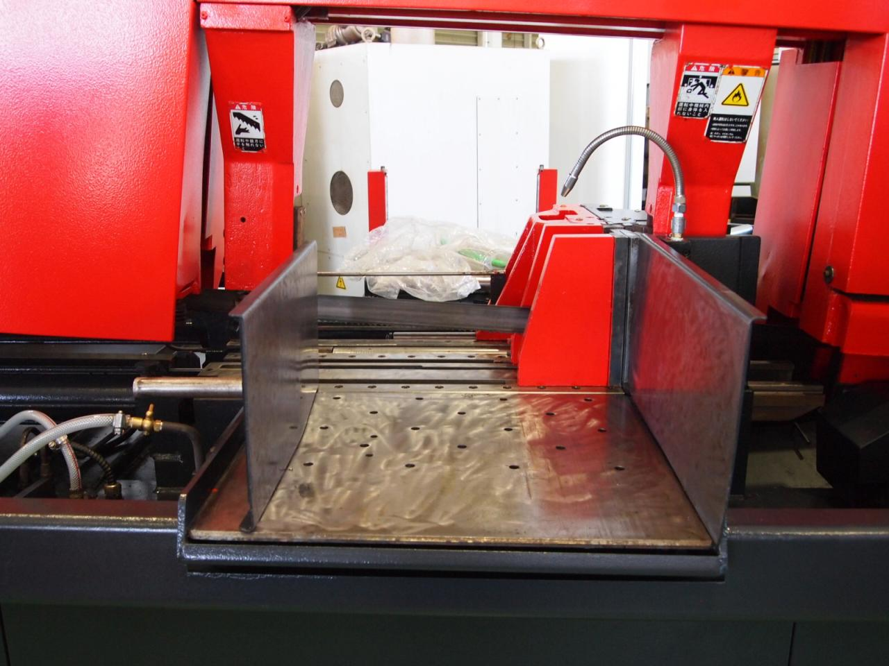 HFA-500CNC鋸刃・製品受け台